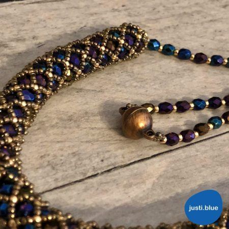 Blue-gold tubular netting necklace - copper clasp