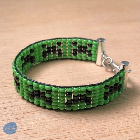 Left-front side of creeper bracelet