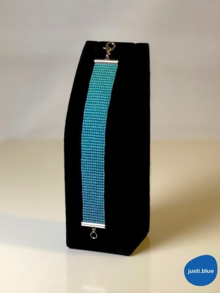 deep sea bracelet black jewellery display justi blue