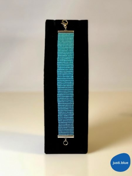 deep sea bracelet black jewelry display justi blue