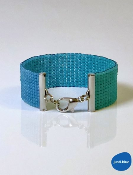 deep sea bracelet front view justi blue
