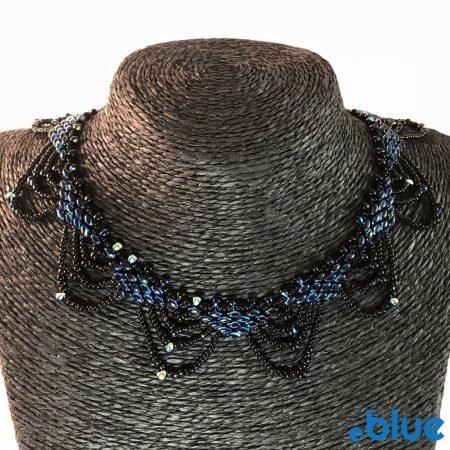 blue black superduo nacklace details front